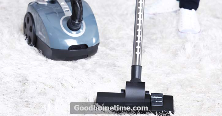 Carpet extractors work by utilizing a mixture of hot/warm water with a cleaning chemical which is used on the carpet and moved deeper into the pile