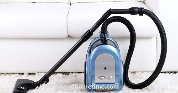 Bagless Vacuums